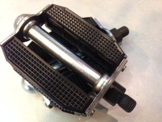 Basic Moped 9/16 replacement pedal set