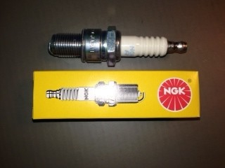 Long Reach spark plug TOMOS A55 and italian mopeds with an angled entry