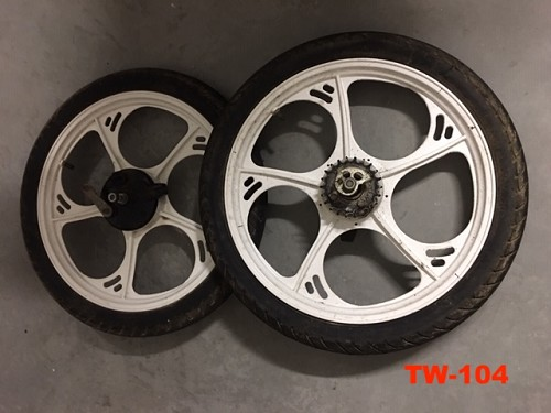"TOMOS 16"" wheel set pre 2003 with rubber"